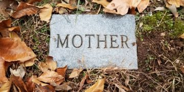Muerte De La Madre - Significado Y Simbolismo De Los Sueños 1