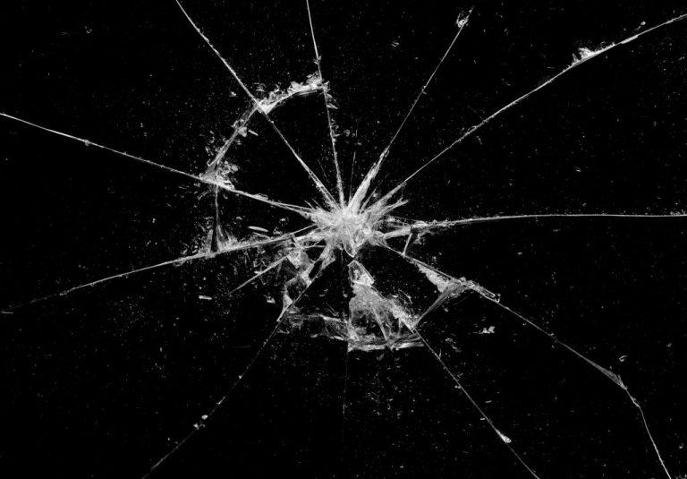 Cristales Rotos – Significado Y Simbolismo De Los Sueños 1